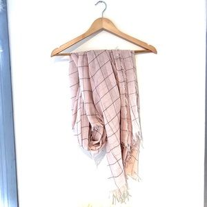 REMI & REID NWOT scarf !